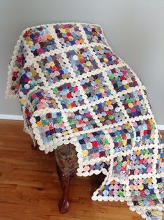 YoYo Quilt by NanaLittleTreasures on Etsy, $1825.00 I would love to buy this if it didn't cost so darn much.