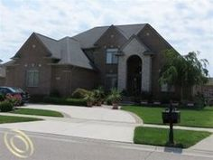 7 Luxury Homes From The Mls In Shelby Township Mi Ideas Luxury Real Estate Luxury Homes Real Estate