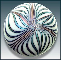 1977: Marbrie paperweight . Iridescent surface-design