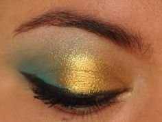 Electric blue and gold eyes with Makeup Geek Poolside and Sugarpill Girlactik. #eyeshadow #365 #gold #makeup