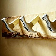 DIY Coat Hooks from Old Tools and Hardware Deco Originale, Ideias Diy, Old Tools, Cool Stuff, Home Organization, Home Projects, Woodworking Projects, Repurposed, Hardware