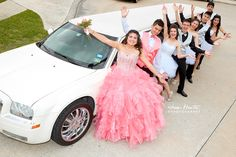 Quinceanera's Limo. Quinceaneras photography by Juan Huerta