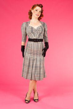 *Ivy-Silver - Pleated dress in tartan