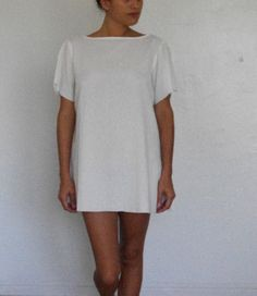 Short white cotton dress by golondrinacollection on Etsy, $120.00