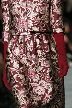 Oscar de la Renta Fall 2016 Ready-to-Wear Fashion Show Details
