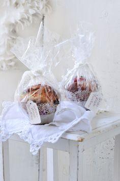 Geschenke mit Geschmack: Schoko-Kirsch-Panettone I © GUSTO / Ulrike Köb I www.gusto.at Cherries, Pies, Christmas