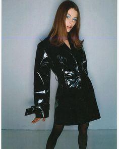 70s Fashion, Runway Fashion, High Fashion, Fashion Outfits, Hippie Fashion, Danielle Guizio, Vogue, Fashion Photography Inspiration, Leather Trench Coat