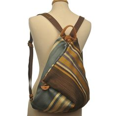 Handmade Triangle Backpack in stripped multicolored fabric-leather MADE TO ORD. Handmade Triangle Backpack in stripped multicolored fabric-leather MADE TO ORDER Hippie Backpack, Diy Backpack, Leather Backpack, Patchwork Bags, Quilted Bag, Denim Handbags, Leather Handbags, Sacs Design, Back Bag