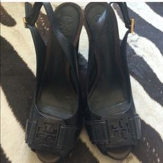 Tory burch heel Wore once, in great condition Tory Burch Shoes Heels