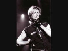 David Bowie - Here Comes The Night Pin Ups, 1973