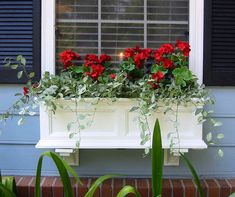 Shop Mayne 5824 Fairfield Window Box at Lowe's Canada. Find our selection of planters & window boxes at the lowest price guaranteed with price match + off. Window Planter Boxes, Planter Ideas, Window Box Plants, Indoor Window Boxes, Winter Window Boxes, Window Ideas, Window Box Flowers, Pot Jardin, Garden Windows