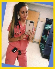 best ideas for medical student outfit scrubs School Outfits For College, Summer School Outfits, School S, Back To School, Medical Students, Scrubs, Winter Outfits, Portrait, Good Things