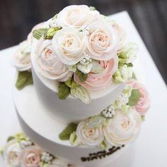 #케이크그램 #버터플라워 #버터크림케이크 #버터크림플라워 #케이크 #플라워케이크 #butterflower #buttercreamcake #buttercreamflowercake #flowercake #cake #蛋糕 #手工蛋糕 #订单蛋糕 #花式蛋糕  #蛋糕教程 #生日蛋糕 #韩式蛋糕 #玫瑰蛋糕 #结婚蛋糕