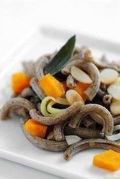 Hemp pasta with pumpkin and sage