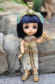 "Latidoll ""Pharaoh's Curse"" Yellow Line series Cute Baby Dolls, Cute Babies, New Year Animated Gif, Yellow Line, Cute Girl Wallpaper, Cairo Egypt, Crochet Art, Grey Cats, Cherubs"
