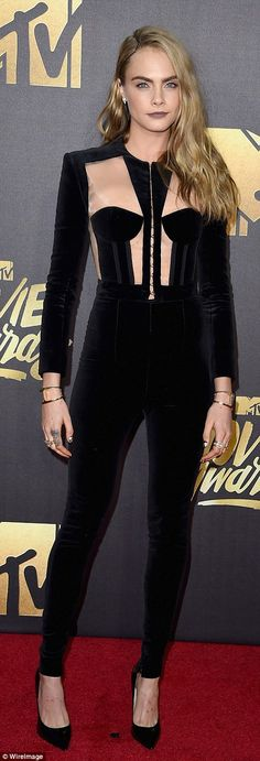 Charlize Theron and Jessica Chastain dazzle in black lace as they bring Hollywood glamour to 2016 MTV Movie Awards red carpet | Daily Mail Online