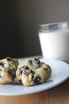 Chocolate Chip Cookie Recipe: Thick N' Chewy. I am deleting all other chocolate chip recipes - this one is amazing! Didn't spread and has a fantastic flavor.