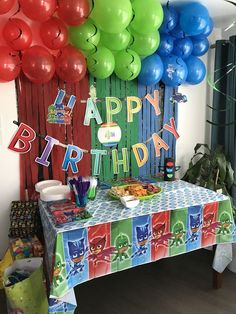 Ideas for superhero birthday party decorations boys Pj Masks Birthday Cake, Baby Boy 1st Birthday Party, Superhero Birthday Party, 4th Birthday Parties, Birthday Ideas, Third Birthday, Minion Birthday, Pjmask Party, Party Ideas