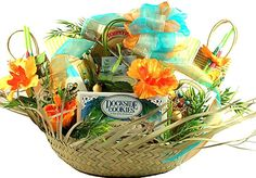 This tropical gift basket is sure to bring thoughts of beaches and tropical resort getaways. Sending summer gift baskets is like sending a tropical treat. A beach gift basket like this is hard to find, but you've found the best anywhere Summer Gift Baskets, Wine Country Gift Baskets, Gourmet Gift Baskets, Gourmet Gifts, Food Gifts, Vacation Gift Basket, Summer Gifts, Easter Baskets, Theme Baskets