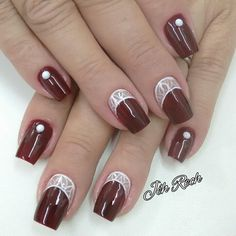 Wine red nails are so perfect for fall! Hope you agree and read the article. Red Nail Designs, Creative Nail Designs, Short Nail Designs, Creative Nails, Perfect Nails, Gorgeous Nails, Pretty Nails, Red Nails, Hair And Nails