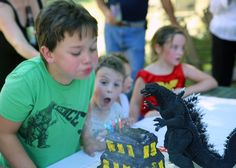 Godzilla party - Cake. Godzilla Party, Godzilla Birthday Party, Party Cakes, Shower Cakes