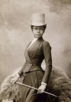 Equestrian Selika Lazevski as photographed by Felix Nadar in 1891 | bklyninfocommons