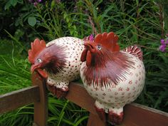 Craft & Pottery Serfaty in resin Pottery Animals, Ceramic Animals, Ceramic Birds, Clay Animals, Ceramic Clay, Chicken Crafts, Chicken Art, Pottery Designs, Pottery Art