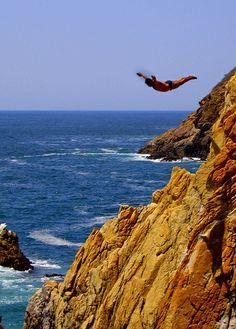 Acapulco Rock, Acapulco, Mexico    (La Quebrada) *