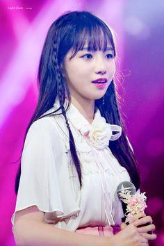 Kpop Girl Groups, Korean Girl Groups, Kpop Girls, Yuri, Kpop Hair, Japanese Girl Group, Kim Min, Female Singers, These Girls