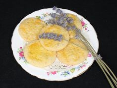 Lavender shortbread cookies  http://www.bloombakecreate.com/2012/10/recipe-lavender-shortbread-cookies/#
