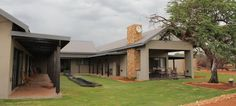 Kathumzi bed and breakfast accommodation is situated on the Kalahari Golf and Hunting Estate in Sishen, Kathu, Northern Cape. Golf Estate, Bed And Breakfast, Mansions, Lifestyle, House Styles, Home Decor, Decoration Home, Manor Houses, Room Decor