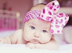 Awww so adorable. Cute baby girl!!
