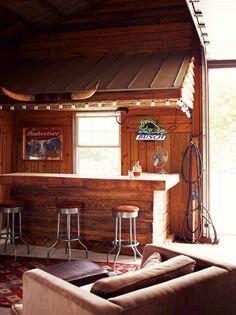 https://i.pinimg.com/236x/88/81/7f/88817f54ae01f7e546d522a9b26a5485--modern-farmhouse-farmhouse-decor.jpg