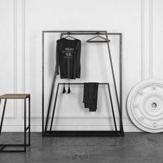Schwarze Design Garderobe Aus Metall 140x180x40 Cm Elpodian 2