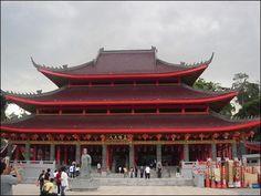 Sampokong Temple, Semarang, Indonesia Semarang, Goa, China, Mansions, House Styles, Buddhism, Temple, Traveling, Spaces