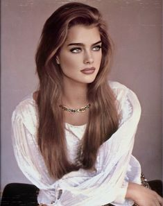 Most Beautiful Faces, Beautiful Girl Image, Beautiful Women Pictures, Beautiful Eyes, Beautiful People, Most Beautiful Hollywood Actress, Beautiful Actresses, Brooke Shields, Very Long Hair