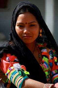 Rana Tharu tribe of Nepal Tribal India, Aboriginal Man, Ladakh India, Beautiful Asian Women, Festival Wear, Ethnic Fashion, These Girls, People Around The World, Traditional Outfits