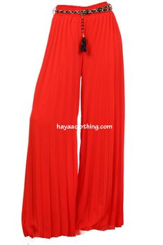 Get comfy and laid-back with our soft flowy chiffon accordion pleats wide-leg palazzo pants. Our maxi length palazzo pants have gorgeous wide-leg sweeps that give the illusion of wearing a long maxi s Wide Leg Palazzo Pants, Wide Leg Pants, Palazzo Trousers, Dressed To The Nines, Boho Look, Spring Summer Fashion, Lounge Wear, Nice Dresses, Cool Outfits