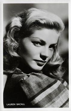 Old Hollywood Style, Vintage Hollywood, Hollywood Glamour, Hollywood Stars, Classic Hollywood, Bogie And Bacall, The Big Sleep, Classic Movie Stars, Souvenir