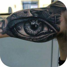 Awsome eye half sleeve