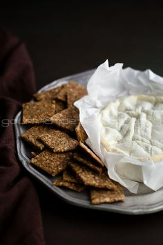 Want you to make your own crackers. It's easy, I promise. Why crackers? Well, it all started a few weeks ago when I was craving a snack. You see, I have a habit of grazing, which includes…