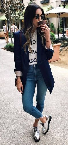 casual outfits for work * casual outfits ; casual outfits for winter ; casual outfits for work ; casual outfits for school Work Casual, Casual Chic, Sporty Chic, Smart Casual Jeans, Cute Fashion, Fashion Outfits, Fashion Women, Fashion Shoes, Sporty Fashion