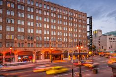 The Pickwick Hotel is in the heart of it all in downtown San Francisco!