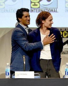 Cliff Curtis and Frank Dillane at #sdcc2015