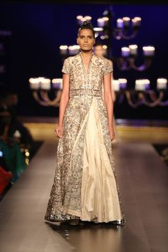 Manish Malhotra at India Couture Week 2014 - lehnga dress