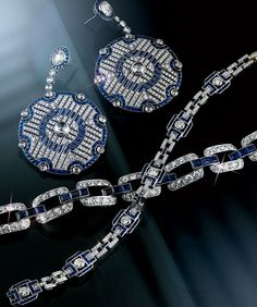 3 - Art Deco Jewelry  . Platinum and gold French Art Deco sapphire and diamond link bracelet,