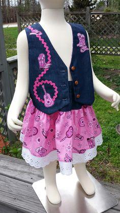 Cowgirl Set. Vest and skirt.  Buttonhole elastic adjustable waist.  Size 3