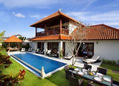 Villa Bugenvil -Geria Bali #bali #villa #villalife #balivilla #hgtv #holiday #honeymoon #tbt #vacation #balibible #tgif #ootd