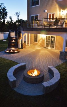 Outside lighting has become much easier to install and quite practical. It utilized to be that in order to light up your yard you would have to set up wiring, a tedious process, or hire an electrician. Backyard Patio Designs, Patio Ideas, Under Deck Landscaping, Patio Under Decks, Small Patio Design, Backyard Makeover, Fire Pit Backyard, Outdoor Living, Diy Concrete Patio