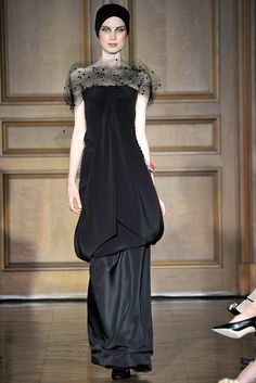 Christian Lacroix Fall 2009 Couture Fashion Show - Hanne Gaby Odiele